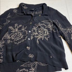 British India Size 5 Button Up Black Floral